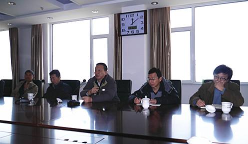 國家林業局科技中心李明琪副主任聽取柳樹新品種育種匯報